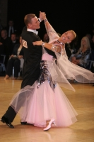 Aleksandr Zhiratkov & Irina Novozhilova at UK Open 2009