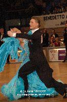 Stanislav Wakeham & Laura Nolan at IDSF World Standard Championships